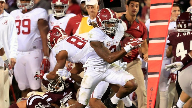 Alabama Crimson Tide running back Derrick Henry is the favorite, for now, in the Heisman race.