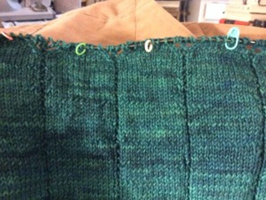 I have begun the lace part of the yoke on my Zephirine cardigan. YEAH!