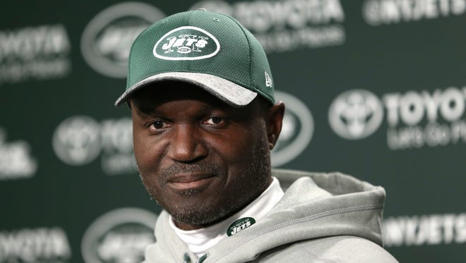 Jets coach Todd Bowles said he isn't sure who will be the starting quarterback after the bye week. (AP Photo/Seth Wenig)