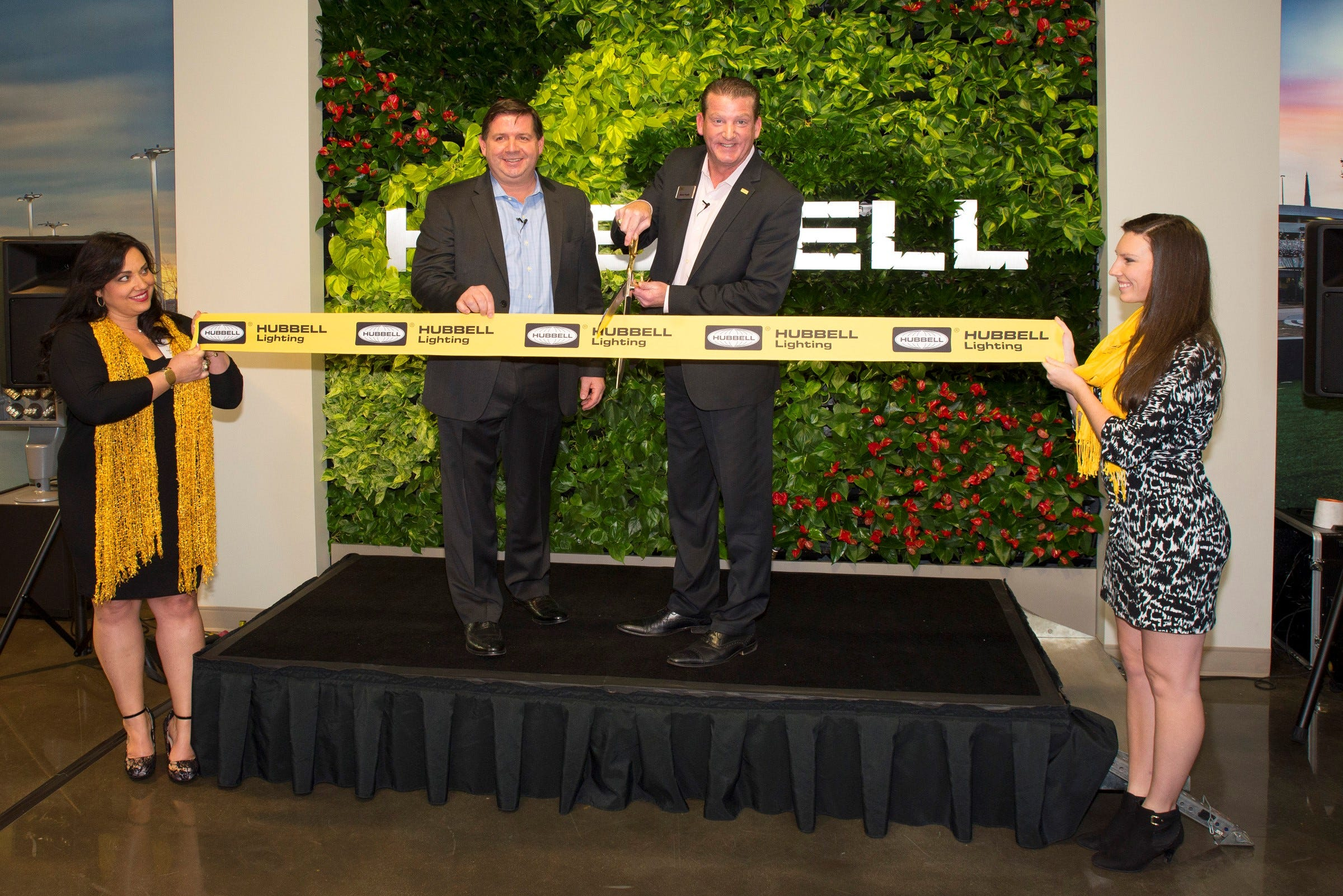 & Hubbell opens Lighting Solutions Center azcodes.com