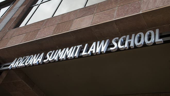 Main entrance of Arizona Summit Law School at Central Avenue and Washington Street in downtown Phoenix.