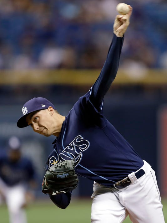Tampa Bay Rays starting pitcher Blake Snell delivers to the Chicago Cubs during the first inning of a baseball game Wednesday, Sept. 20, 2017, in St. Petersburg, Fla. (AP Photo/Chris O'Meara)