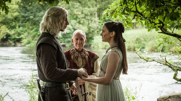 Rhaegar and Lyanna wed on 'Game of Thrones.'