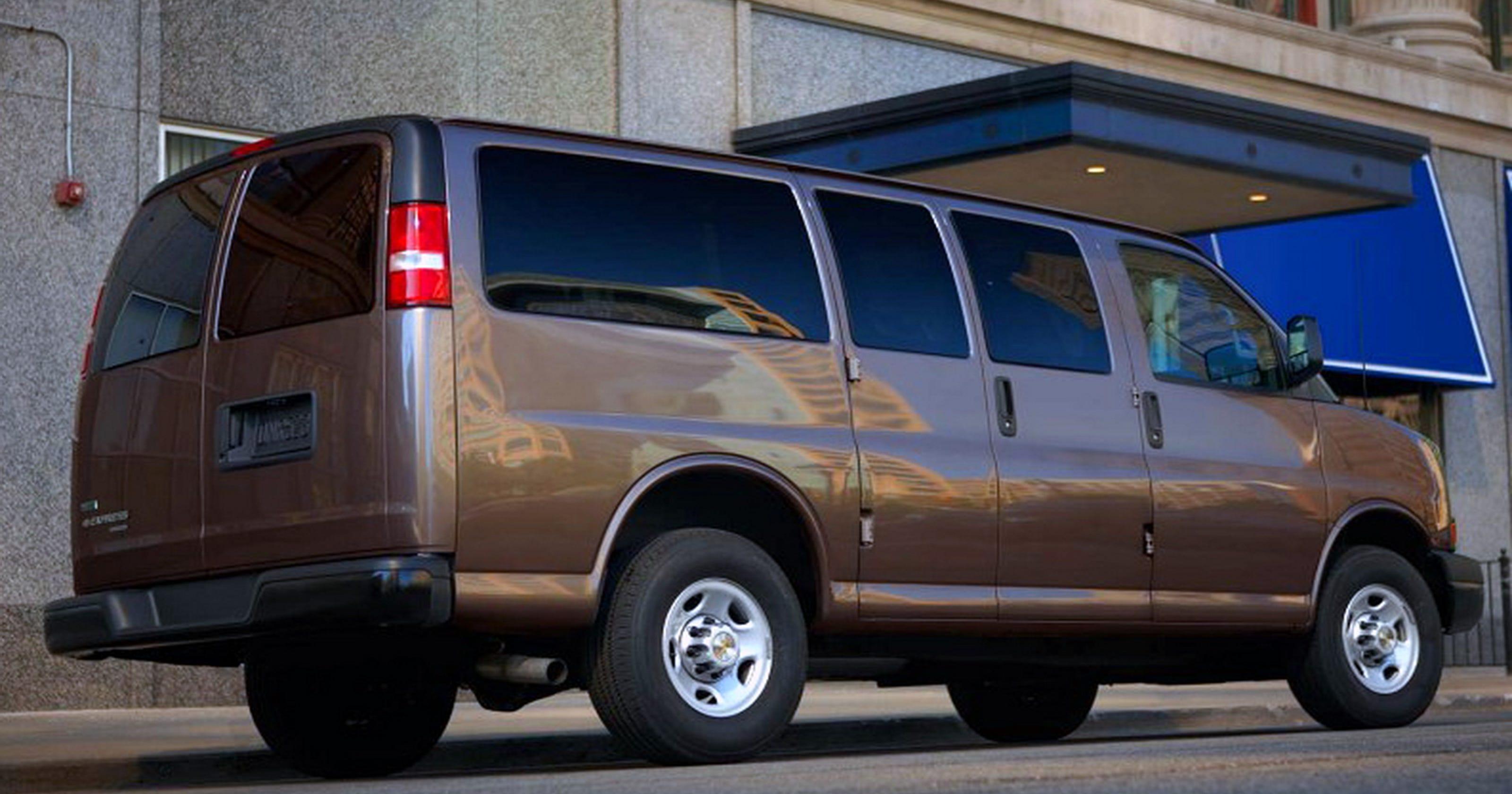 9e5d8a6071 Workhorse  2014 Chevrolet Express Passenger Van