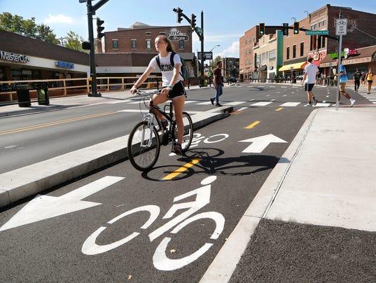 LAF State Street bike lane ecouraging bike culture?