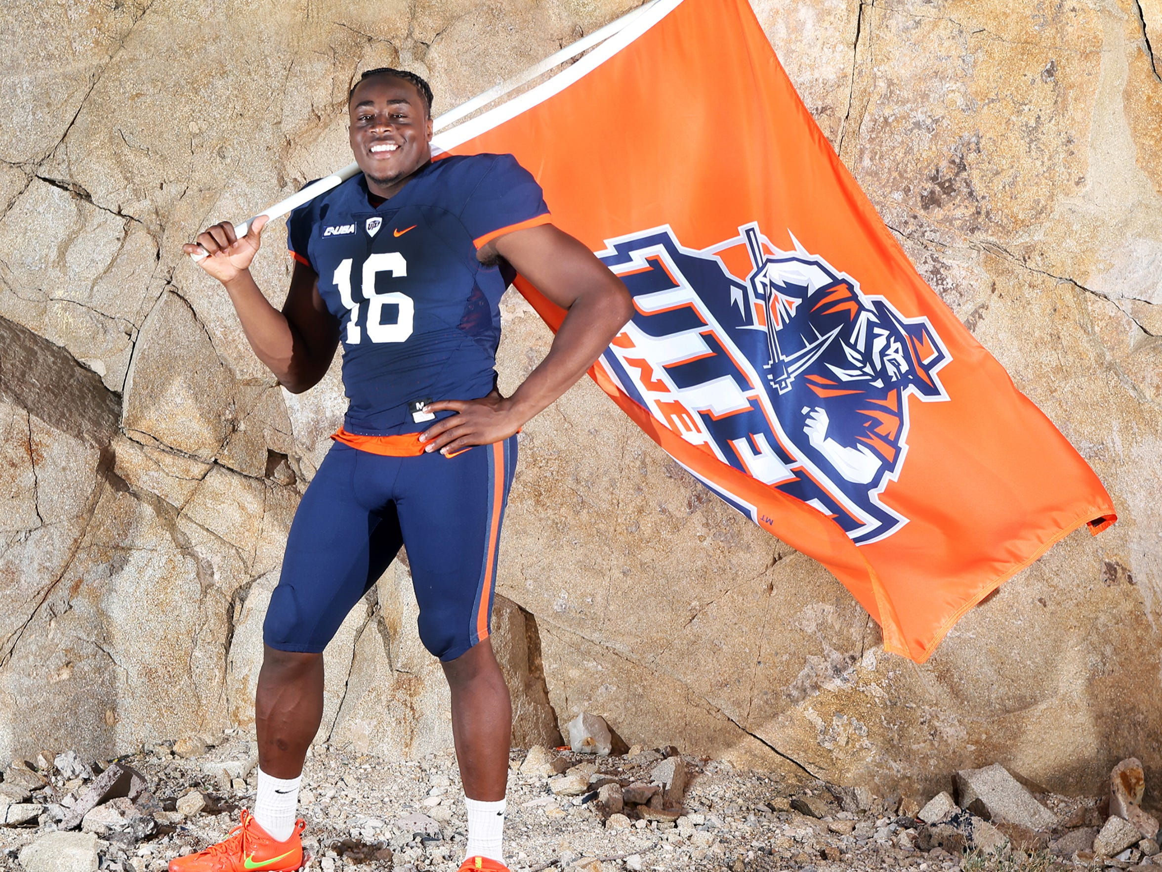 UTEP linebacker Alvin Jones