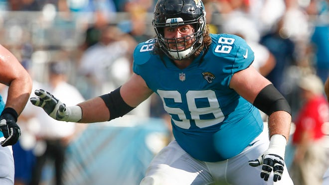 9. LG Andrew Norwell - He'll be looking to bounce back from a rough 2018 campaign in which he went on IR.  Norwell proved to be an elite guard prior to that while with Carolina, and the Jags will need him to return to that for the sake of the run game.  Mandatory Credit: Reinhold Matay-USA TODAY Sports