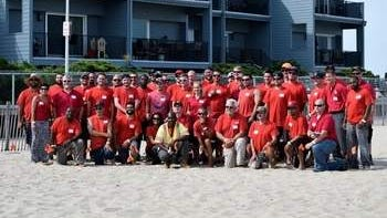 Atlantic Infratrac team raises awareness for National 811 Day on the beach in Point Pleasant.