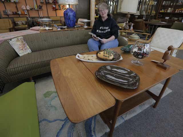 Mid Century Modern Makes Recent Comeback, Century House Furniture Madison Wi