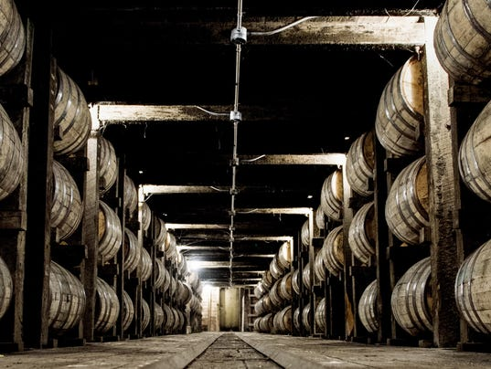 636543067606761276-whiskey.jpg