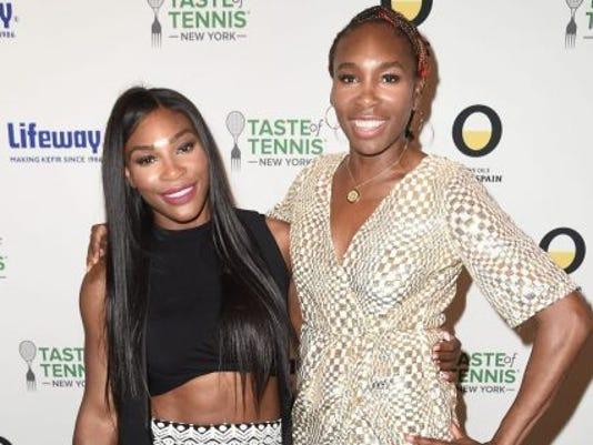 636131130870432913-Taste-of-Tennis-NY-2016-Serena-Venus-Williams-3-e1473176816974-480x320.jpg