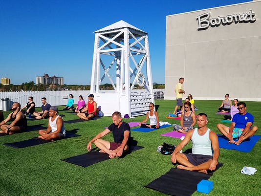 20f4aa1cb1 6 outdoor yoga classes you don't want to miss