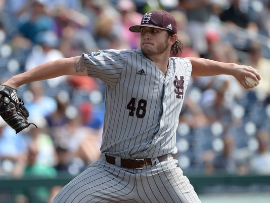 NCAA Baseball: College World Series-Mississippi State vs North Carolina