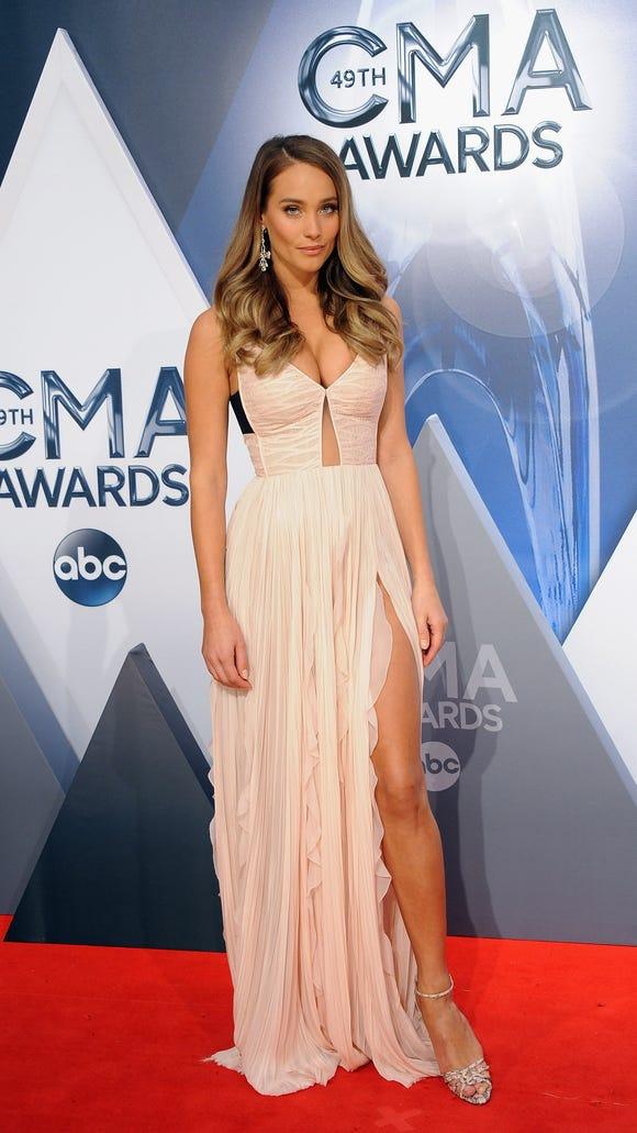 She was on hand as a CMA Awards host.