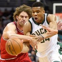 Bulls 109, Bucks 94: Chicago avoids series sweep with determined effort