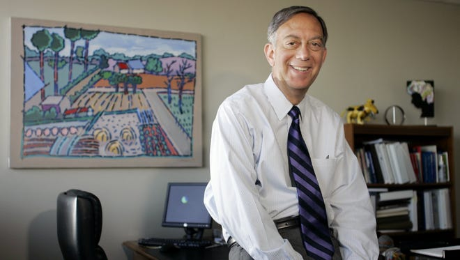 Lewis Lavine served as president of the Center for Nonprofit Management for 12 years. He was known for his big-picture thinking and ability to connect the dots.