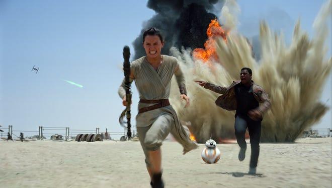 Daisy Ridley and John Boyega in 'Star Wars: The Force Awakens.'