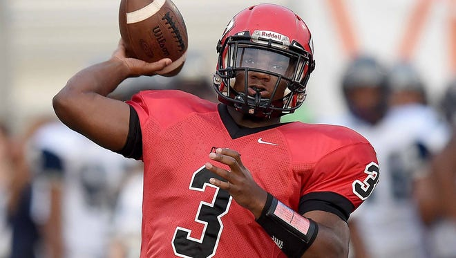 Clinton athlete Cam Akers is one of five players to watch for the 2016 Dandy Dozen.