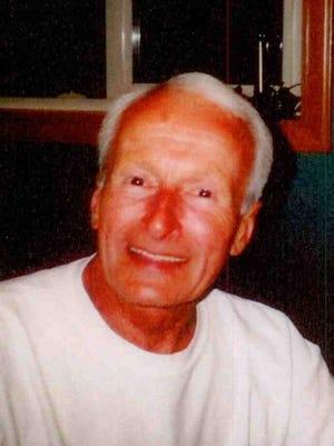 Robert John Phillips Thomas, 90