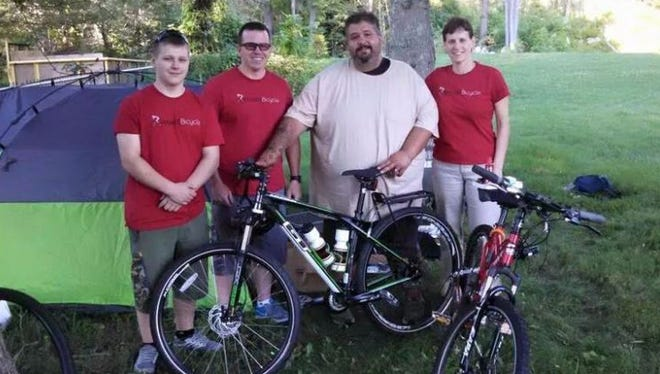 Eric Hites plans to lose weight as he cycles across the U.S.