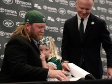 Nick Mangold says farewell, what's next for the former Jets star?