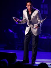 Dave Koz got the crowd into the performance as part of the Dave Koz and Friends Christmas 2016 Tour.