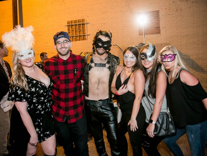 A gorgeous masked group spotted during MaskedAZ at
