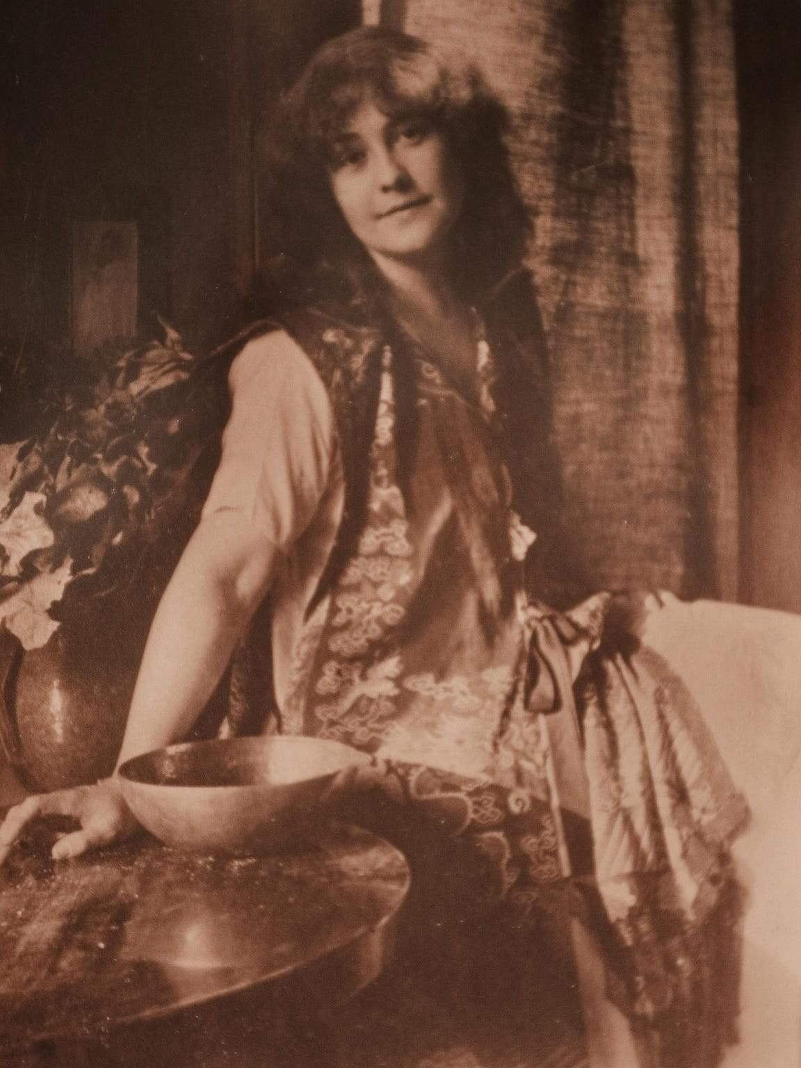 A photographic portrait of Rose O'Neill made around