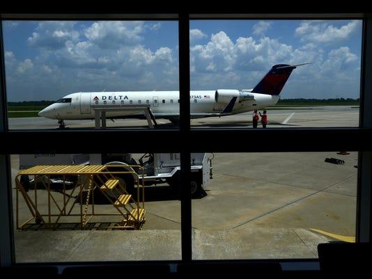 airport05.jpg