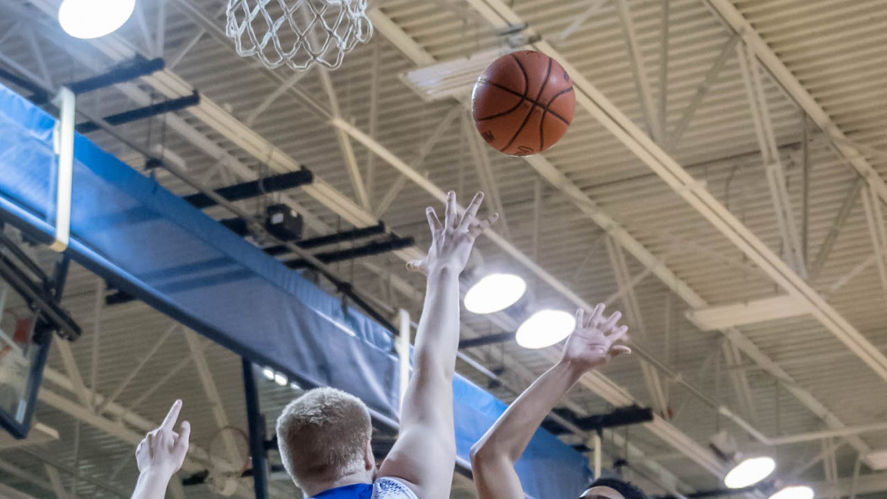 Some of the top highlights from the 2016-17 boys basketball season.