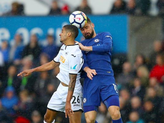 Britain_Soccer_Premier_League_36435.jpg