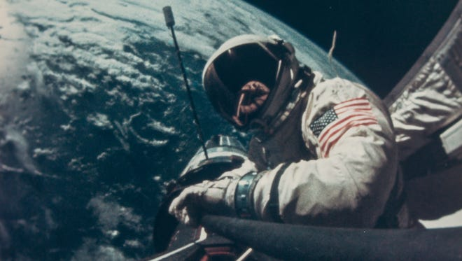 """EVA by Buzz Aldrin, Gemini 12, November 1966 // """"The whole purpose of Aldrin's EVA was to see how well you can work in space. You can operate very nicely out there if you know what you're doing and just slow down. You have to let zero gravity work for you, not against you."""" J. Lovell.  // Est. £400-600"""