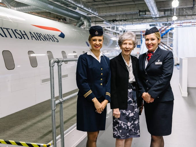 Peggy Thorne (center) at the British Airways Global
