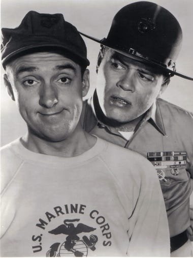 Frank Sutton as Sgt. Vince Carter with Jim Nabors as