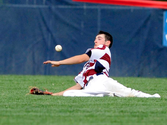 Eastern rightfielder cannot come up with a ball hit