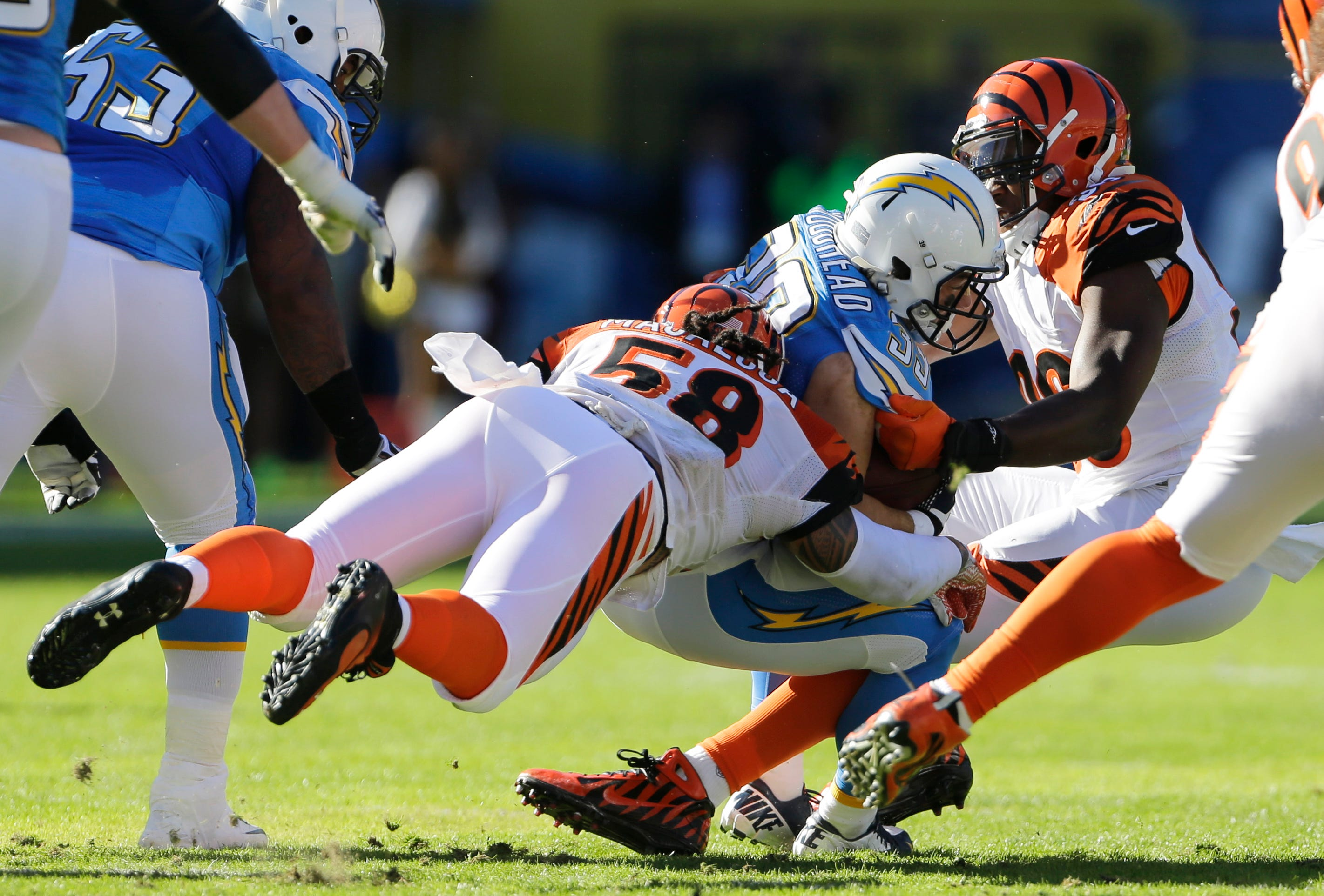 Vontaze Burfict Inspires As Bengals Knock Out Chargers