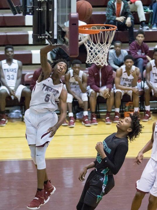 PHS vs Choctaw basketball
