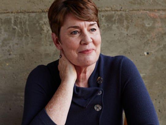 Author Fiona Barton.