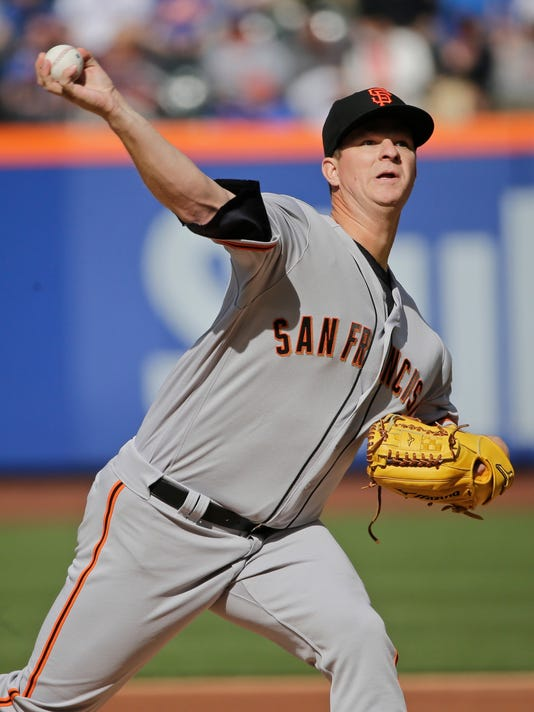 San Francisco Giants' Matt Cain delivers a pitch during the first inning of a baseball game against the New York Mets Saturday, April 30, 2016, in New York. (AP Photo/Frank Franklin II)
