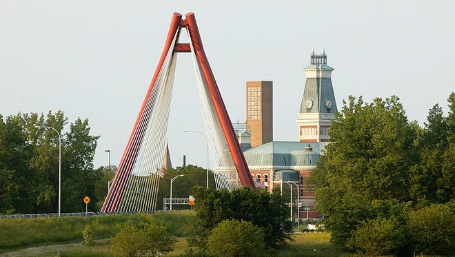 The Second Street Bridge provides an appropriate entry point into Columbus, Ind., a city famous for its architecture.