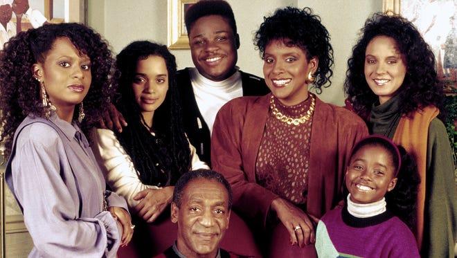 'The Cosby Show' cast (l-r) (bottom) Bill Cosby as Cliff Huxtable, (top row) (l-r) Tempestt Bledsoe as Vanessa Huxtable, Lisa Bonet as Denise Huxtable Kendall, Malcolm-Jamal Warner as Theodore 'Theo' Huxtable, Phylicia Rashad as Clair Hanks Huxtable, Keshia Knight Pulliam as Rudy Huxtable, Sabrina Le Beauf as Sondra Huxtable Tibideaux.
