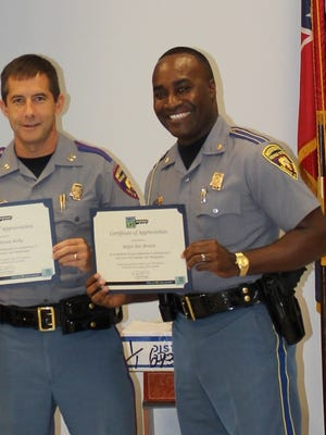 Captain James Kelly & Major Ken Brown were awarded Certificates of Appreciation from Donate Life America and Donate Life Mississippi for their work in promoting organ and tissue donation through the Mississippi Department of Public Safety Driver Services Department.