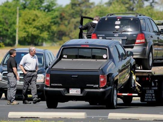 Husband Wife Murder Suicide Suspected In Bayview Estates