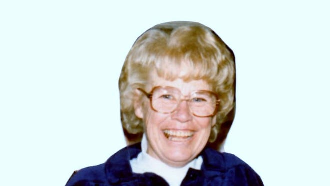 Bonnie Falk, 94, formerly of Ft. Collins, passed away on January 11, 2015 in a San Diego nursing facility.