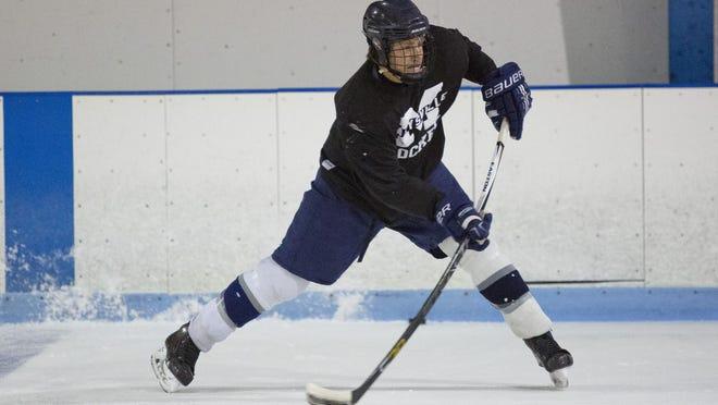 Marysville hockey player Seth Lewis is headed to Saginaw Valley State University.