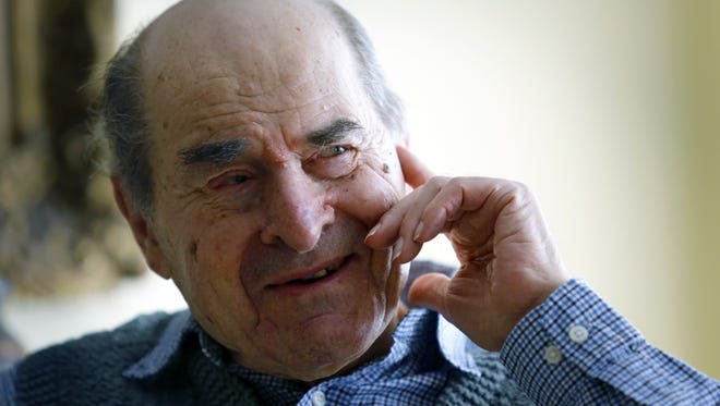 More than four decades after he invented his famous Heimlich maneuver to save choking victims, Dr. Henry Heimlich of Cincinnati was able to use his technique May 23, 2016.