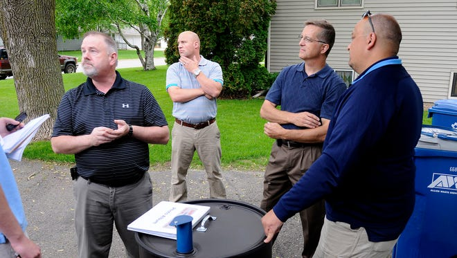 Clover Ridge Smokers barbecue team members talk about their processes and equipment recently.