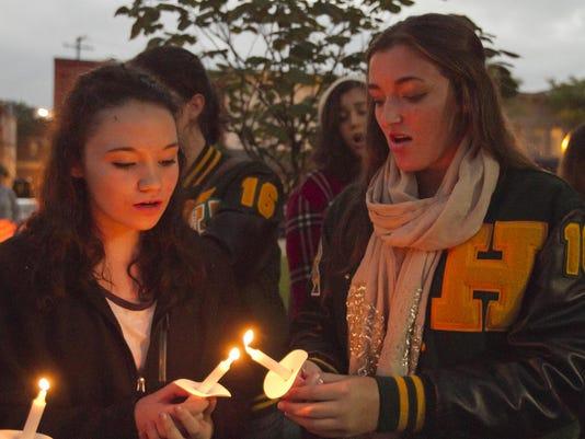 Candlelight vigil_01
