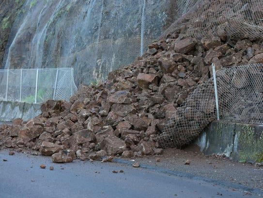 City of Salem crews respond to a landslide on S. River