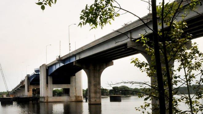Bayview Bridge/Wisconsin 54, crossing Sturgeon Bay Ship Canal.